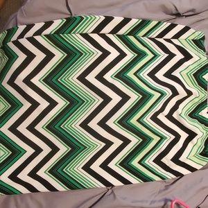 Bright green textured skirt 18/20